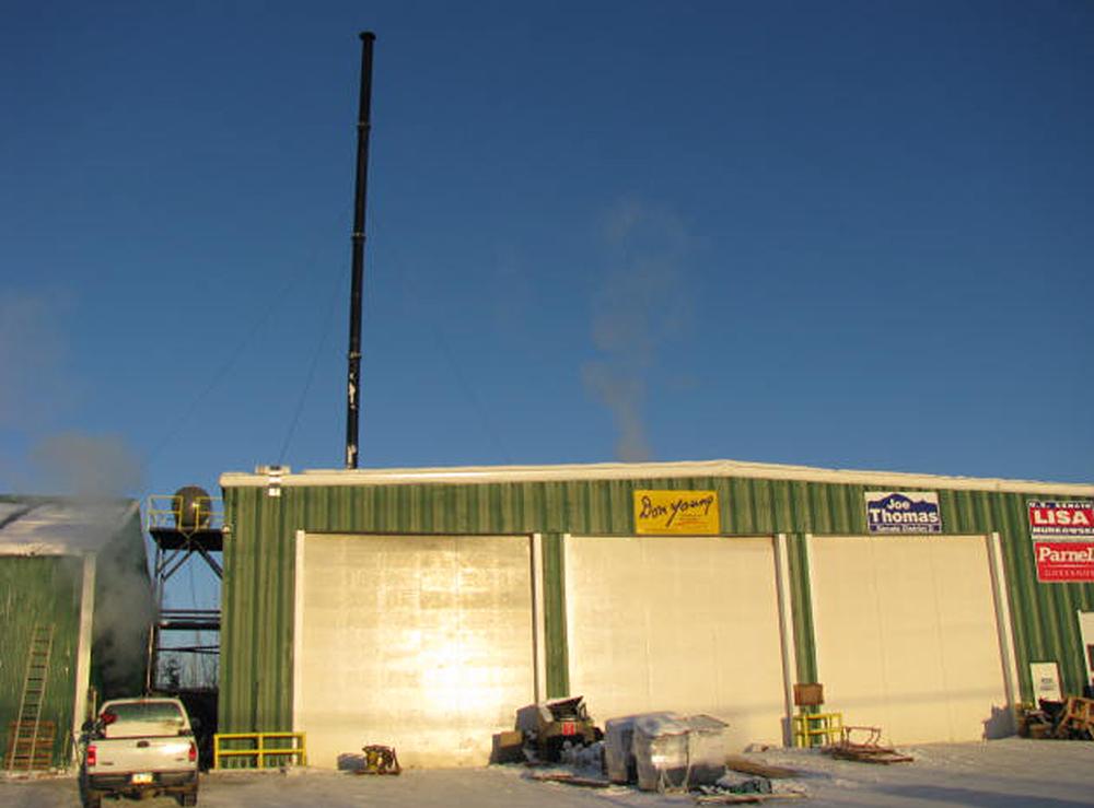 Horizontal circulating fluidized bed biomass boiler